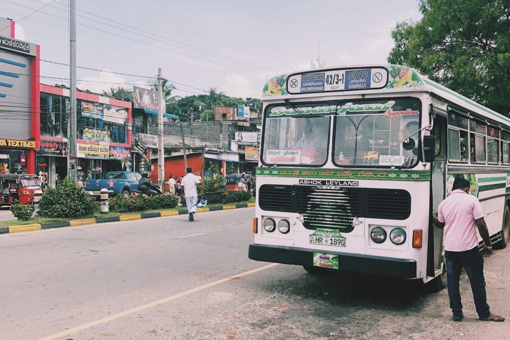 local transport reisroute Sri Lanka Solon Travel bus