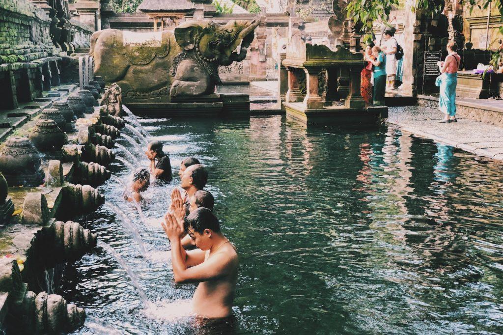Pura Tirta Empul Ubud Bali Solon Travel