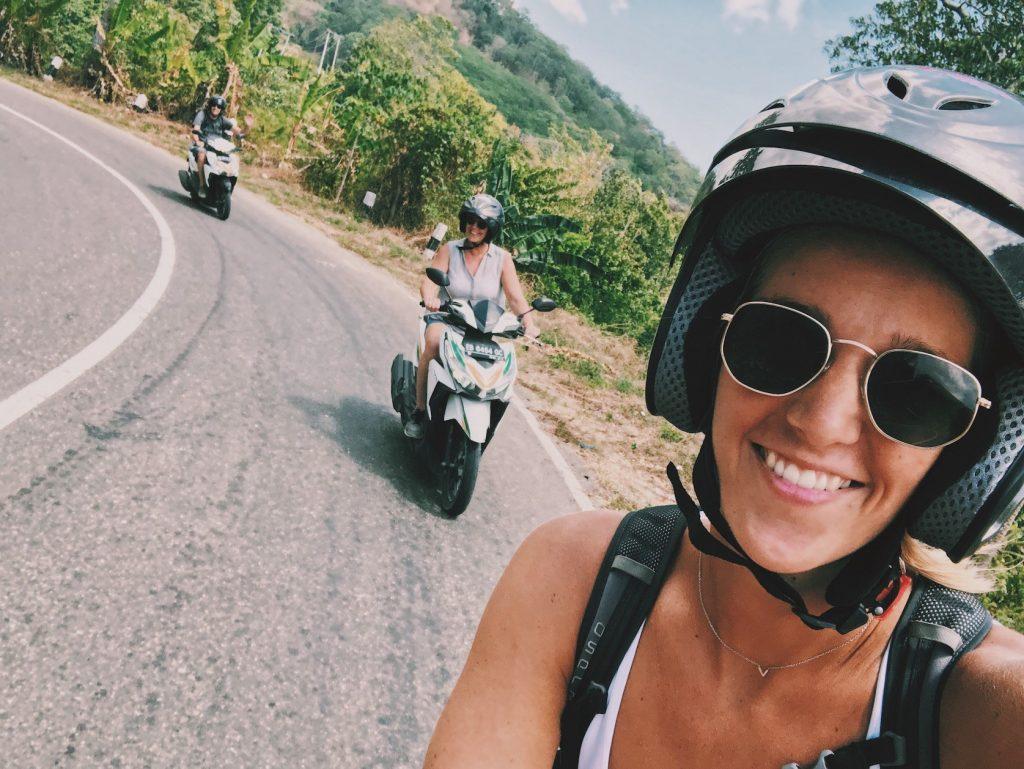 scooter flores en komodo eilanden indonesie Solon Travel