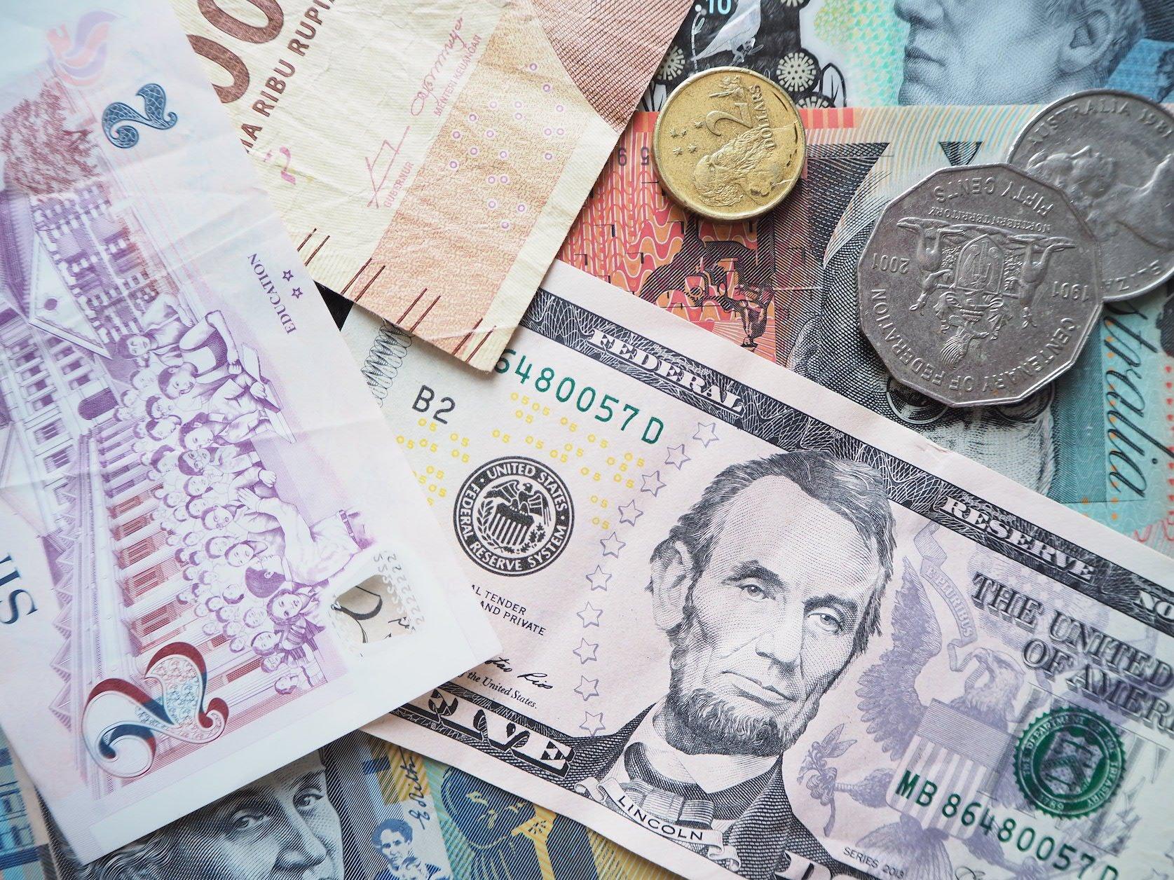 money currency geld Solon Travel