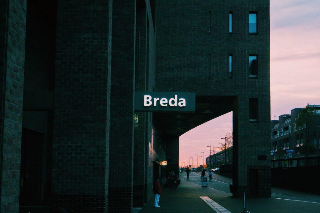 Breda London Breda Station Solon Travel