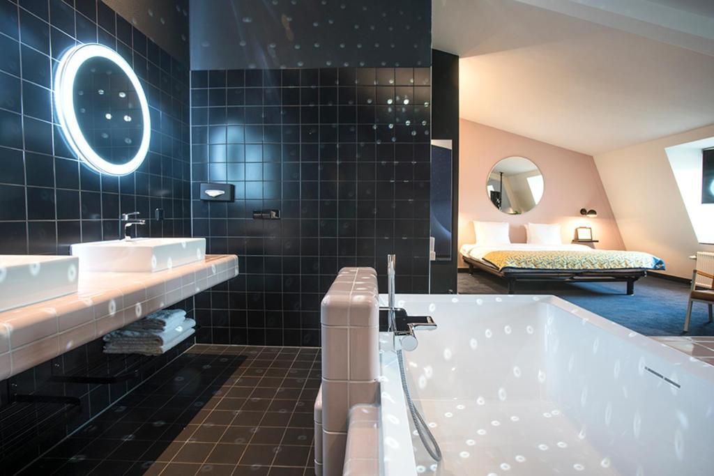 The Dutch Maastricht moderne hotels Solon Travel
