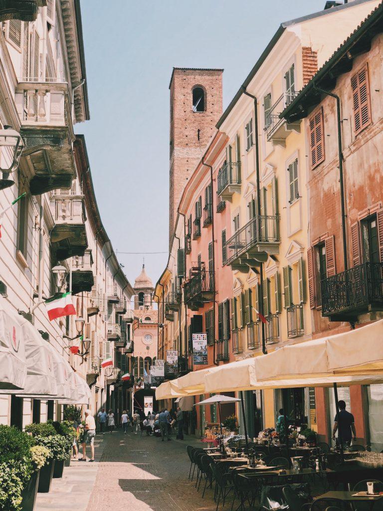 Alba Piemont Italië Solon Travel