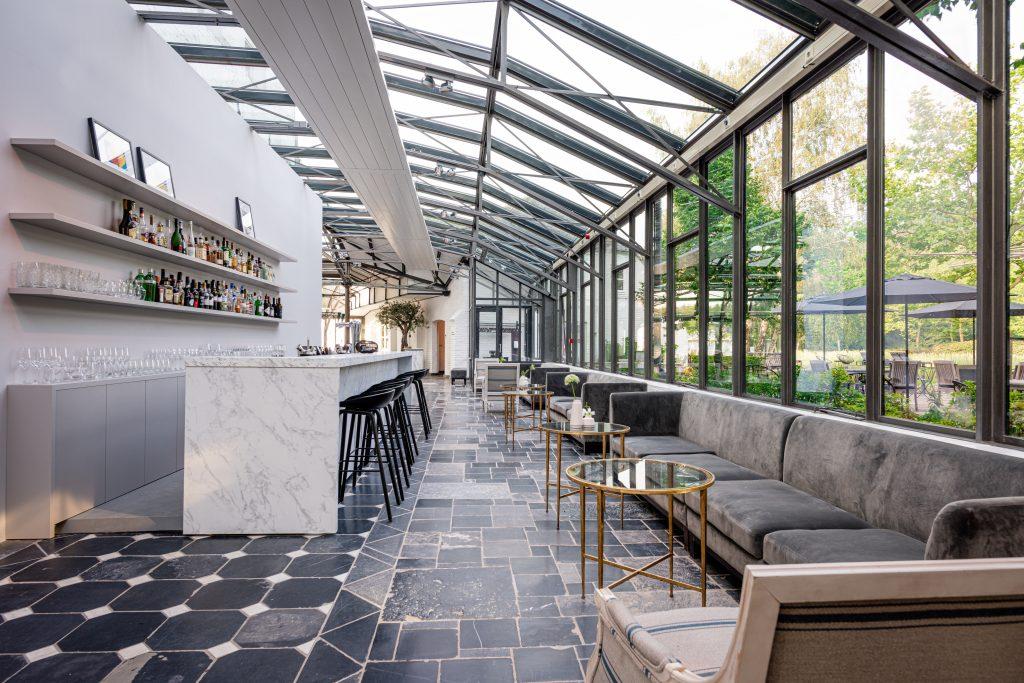Pillows Charme Hotel Chateaux de Raay Limburg uniek onvernachten romantische overnachting Nederland kasteel Solon Travel