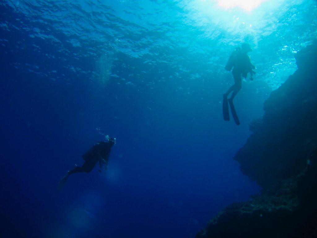 Duiken, diving, blue hole Solon travel reisadvies Belize Centraal Amerika