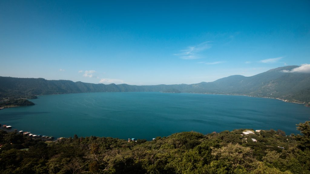 El Salvador - Duiken in vulkanische meren solon Travel reisadvies Centraal Amerika duiklocaties